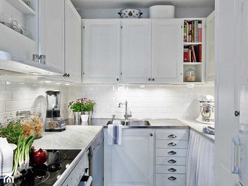 Jak urządzić kuchnię w stylu skandynawskim?  Homebook pl -> Mala Kuchnia Styl Skandynawski