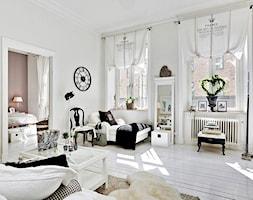 Mieszkanie pełne bieli - Średni biały salon, styl skandynawski - zdjęcie od Casa Bianca - Homebook