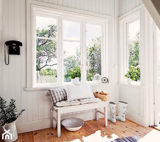 Jak uszczelnić okna drewniane?