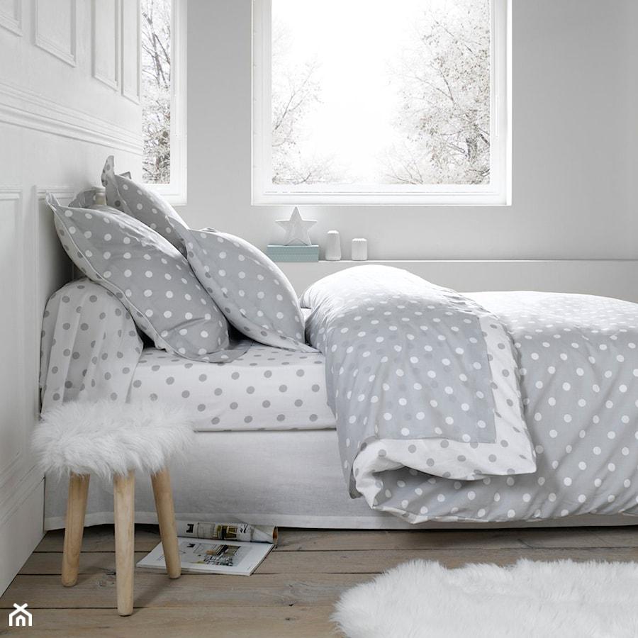 po ciel szare kropki 140x200 200x200 220x240 zdj cie od homebook. Black Bedroom Furniture Sets. Home Design Ideas