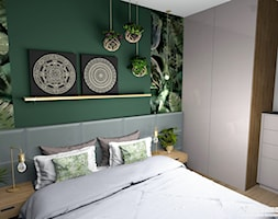 Mieszkanie usłane roślinami - Mała szara zielona sypialnia małżeńska, styl eklektyczny - zdjęcie od Pracownia Kardamon