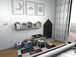 Mieszkanie w Krakowie z charakterem - Mały biały szary czarny pokój dziecka dla chłopca dla malucha, styl skandynawski - zdjęcie od Pracownia Kardamon