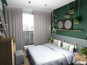 Mieszkanie usłane roślinami - Średnia biała zielona sypialnia małżeńska, styl eklektyczny - zdjęcie od Pracownia Kardamon