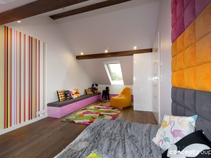 Dom w Raciborzu - Realizacja - Duży biały kolorowy pokój dziecka dla dziewczynki dla malucha dla nastolatka, styl nowoczesny - zdjęcie od Conceptgroup