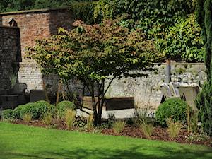 Stylowy ogrod, Clifton - Średni ogród za domem, styl klasyczny - zdjęcie od Green Point Garden Design