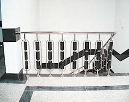 """Balustrada kwasoodporna z granitowym wypełnieniem - zdjęcie od Specjalistyczne Urządzenia Techniczne Raspsiewicz Tadeusz """"SUTR"""""""