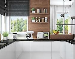 Średnia otwarta biała kuchnia w kształcie litery u w aneksie z oknem, styl skandynawski - zdjęcie od iProjektowanieWnętrz - Homebook