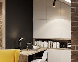 Projekt mieszkania. Kraków Bronowice - Średnie czarne biuro domowe kącik do pracy na poddaszu w pokoju, styl skandynawski - zdjęcie od PRØJEKTYW | Architektura Wnętrz & Design