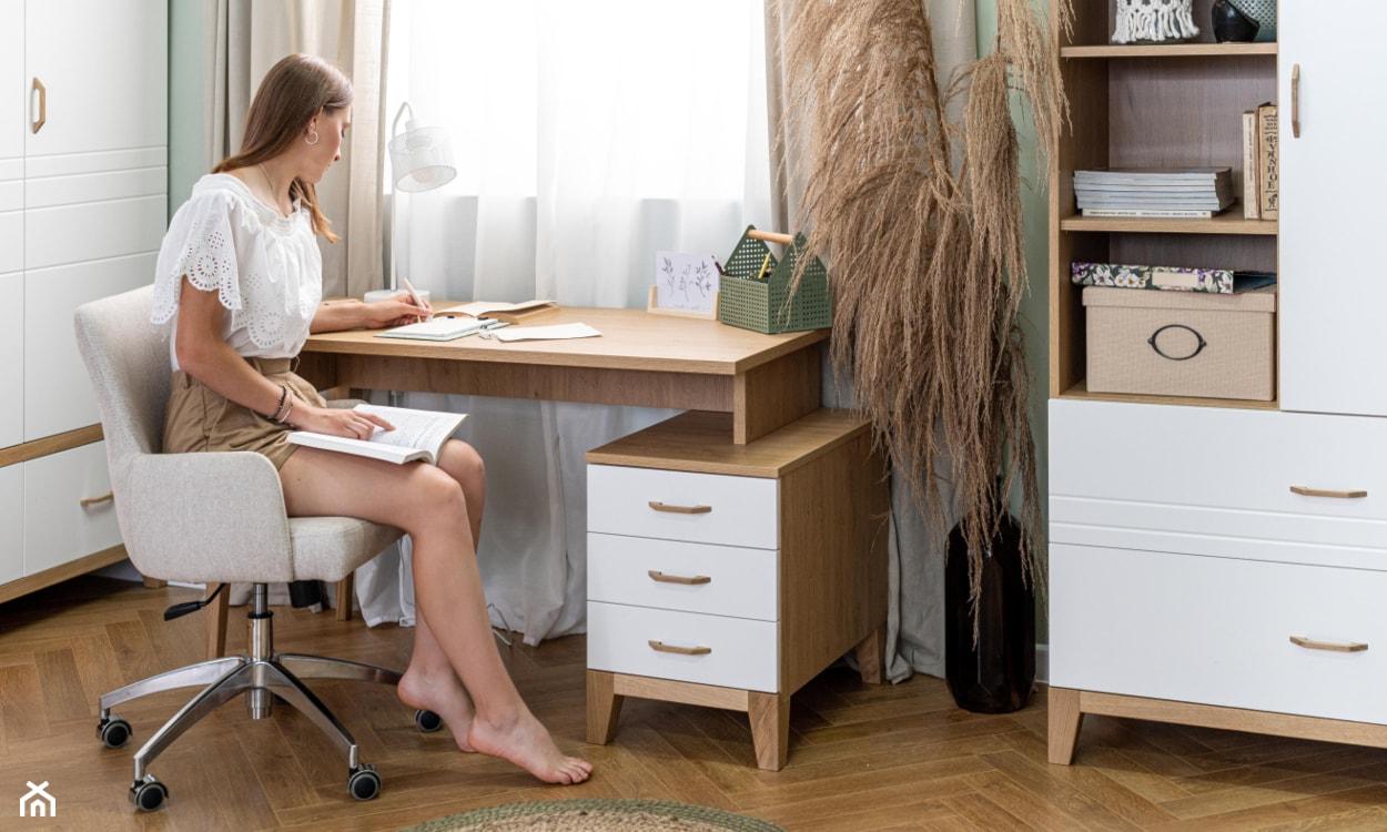 skandynawskie biurko do pokoju nastolatki