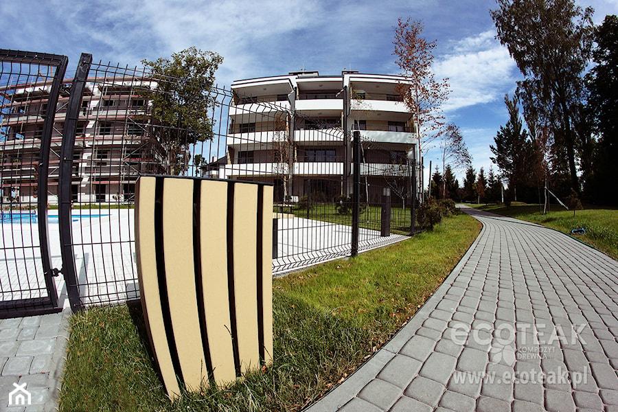 Mała Architektura Ogrodowa z Kompozytu Drewna EcoTeak - zdjęcie od EcoTeak