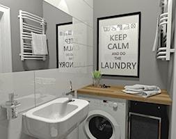 Łazienka i WC - Gdańsk, osiedle Słoneczna Morena - Mała biała szara łazienka w bloku bez okna, styl skandynawski - zdjęcie od MOJE Pracownia Projektowa