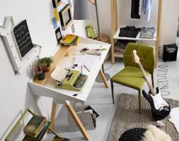 biurko+stick+la+forma+-+zdj%C4%99cie+od+Le+Pukka+concept+store