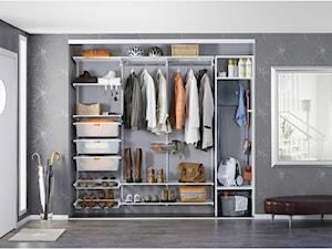 Przechowywanie w przedpokoju – sprytne rozwiązania do małego mieszkania w bloku