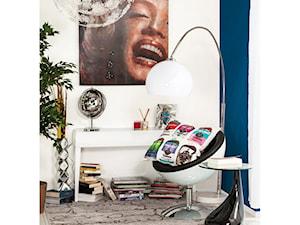 Kule, kręgi i obłości - Salon Glass & Umbrella
