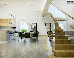 Dom w stylu nowoczesnym w Mielcu. - Schody, styl nowoczesny - zdjęcie od MEEKO Architekci - Homebook