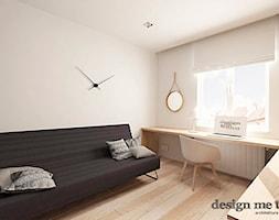 DOM W JÓZEFOSŁAWIU - Średnie białe biuro domowe kącik do pracy w pokoju, styl minimalistyczny - zdjęcie od design me too