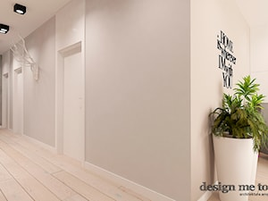 NOWOCZESNY APARTAMENT NA WILANOWIE - Średni biały szary hol / przedpokój, styl nowoczesny - zdjęcie od design me too