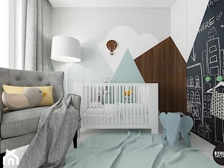 scandiBABYroom - Mały szary pokój dziecka dla chłopca dla dziewczynki dla niemowlaka, styl skandynawski - zdjęcie od BYHOUSE ARCHITECTS