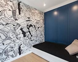 apartamentSUWAŁKI - Średnia szara sypialnia małżeńska, styl eklektyczny - zdjęcie od BYHOUSE ARCHITECTS - Homebook