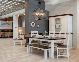 Średnia otwarta czarna szara jadalnia jako osobne pomieszczenie, styl prowansalski - zdjęcie od mmisleeping
