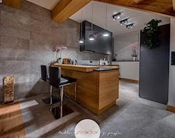 Meble do nowoczesnego domu - Średnia otwarta szara kuchnia w kształcie litery g, styl nowoczesny - zdjęcie od Zirador - Meble tworzone z pasją - Homebook
