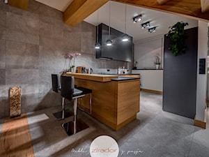 Meble do nowoczesnego domu - Średnia otwarta szara kuchnia w kształcie litery g, styl nowoczesny - zdjęcie od Zirador - Meble tworzone z pasją