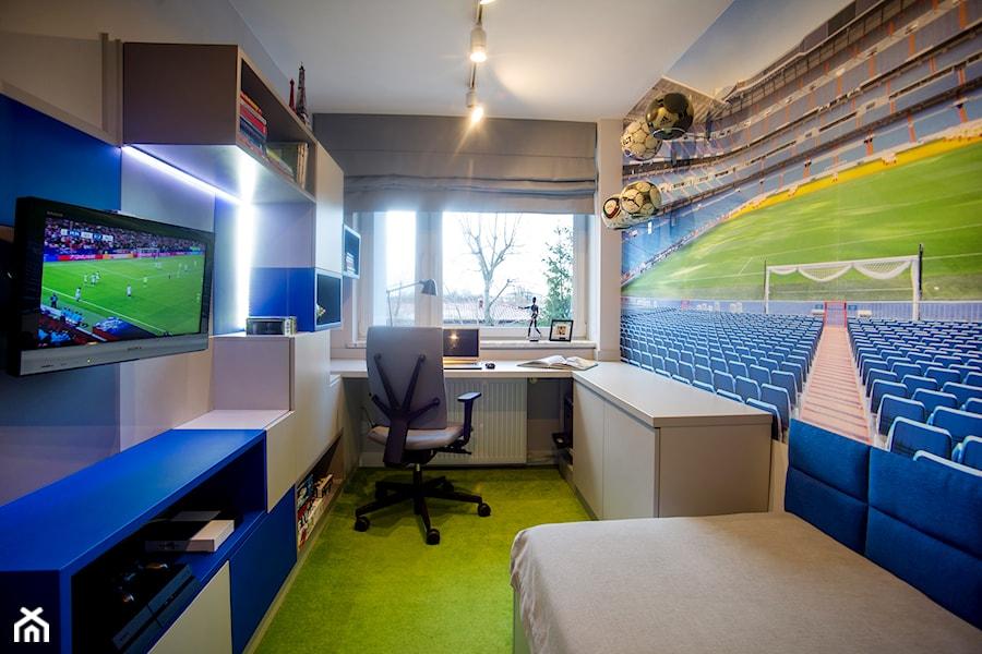 POKOJE NASTOLATKÓW - Duży szary pokój dziecka dla chłopca dla malucha dla nastolatka, styl nowoczesny - zdjęcie od DALMIKO DESIGN Pracownia Projektowa