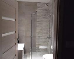 #lazienkawbloku - Mała łazienka w bloku w domu jednorodzinnym bez okna - zdjęcie od Iweet