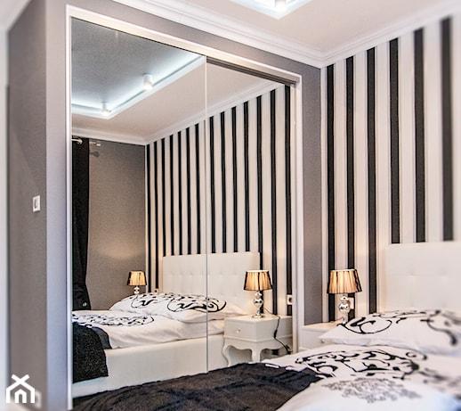 Mieszkanie W Stylu Glamour średnia Biała Szara Czarna