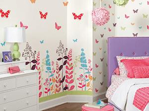 Średni biały kolorowy pokój dziecka dla dziewczynki dla ucznia, styl nowoczesny - zdjęcie od Kids Town