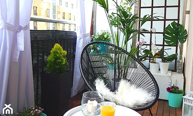 zasłony na balkonie