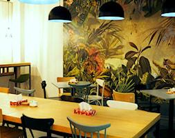 Biuro w domowym stylu - Duża otwarta beżowa jadalnia w kuchni, styl nowoczesny - zdjęcie od Anna Maria Marszałek Studio Projektowe