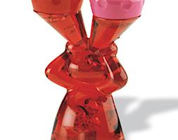 Pojemnik na soczewki Koziol Luke czerwony - zdjęcie od SuperWnetrze.pl - Homebook