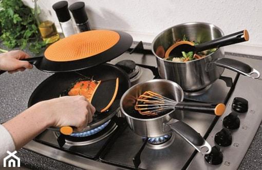 Gotuj jak MasterChef.... z akcesoriami - Kuchnia, styl nowoczesny - zdjęcie od SuperWnetrze.pl