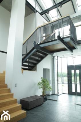 Dom Jednorodzinny pod Poznaniem - Schody, styl nowoczesny - zdjęcie od Architekt Krzysztof Żółtowski - PEGAZ