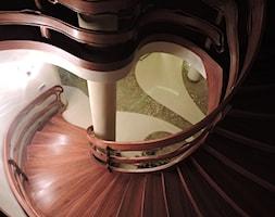 Projekty rezydencji Villanette - schody - zdjęcie od Architekci VILLANETTE