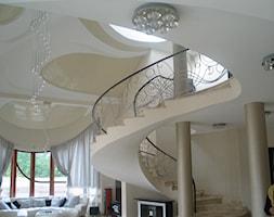 Projekty rezydencji Villanette- salon w rezydencji AMAYA - zdjęcie od Architekci VILLANETTE