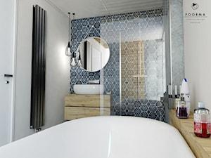 Łazienka - Średnia biała szara kolorowa łazienka w domu jednorodzinnym z oknem, styl vintage - zdjęcie od FOORMA Pracownia Architektury Wnętrz