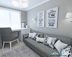 Mieszkanie w Modliniczce - Średnie szare biuro kącik do pracy w pokoju, styl tradycyjny - zdjęcie od katadesign