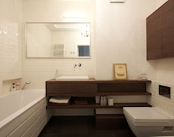 Klasyczny Mokotów - Średnia biała łazienka w bloku bez okna, styl klasyczny - zdjęcie od Soma Architekci
