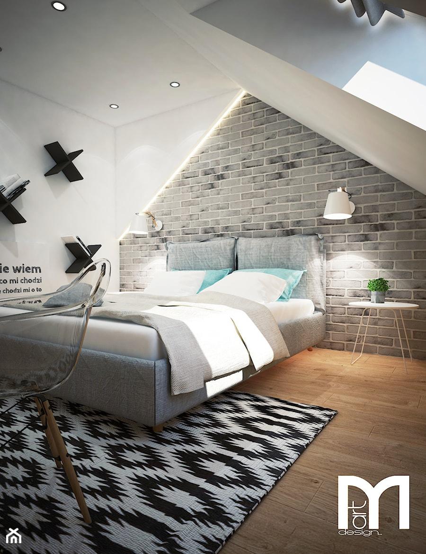 Projekt sypialni na poddaszu - Średnia biała szara sypialnia małżeńska na poddaszu, styl industrialny - zdjęcie od Mart-Design Architektura Wnętrz
