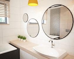 Projekt domu jednorodzinnego w Tobolicach - Średnia beżowa łazienka w domu jednorodzinnym z oknem, styl nowoczesny - zdjęcie od Mart-Design Architektura Wnętrz