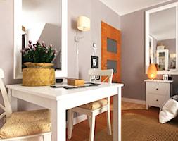Lady in Grey... - zdjęcie od Pracownia projektowa: Living by Design - sztuka tworzenia przestrzeni