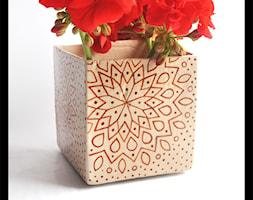 Wazonik lub osłonka 9cm - brązowa mandala - zdjęcie od hypnotic - Homebook