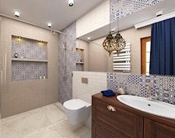 Projekt wnętrza domu pod Warszawą, styl klasyczny - Średnia beżowa łazienka na poddaszu w bloku w domu jednorodzinnym z oknem, styl rustykalny - zdjęcie od FUTURUM ARCHITECTURE