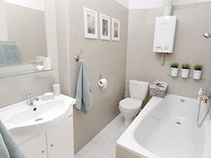 Home staging domu w centrum Krakowa - Mała beżowa łazienka, styl skandynawski - zdjęcie od AgiDesign