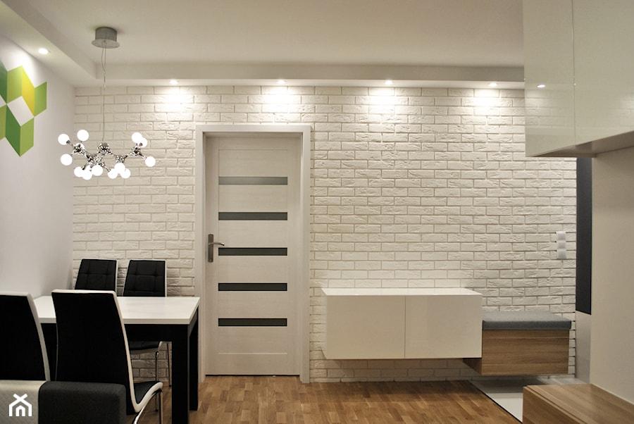 metamorfoza ma�ego mieszkania w bloku Średni salon z