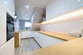 listwy led pod szafkami w kuchni