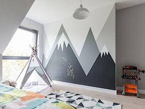 Góry na ścianie DIY - przewodnik malowania krok po kroku
