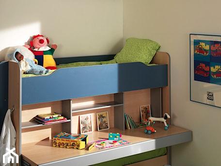 Mały biały pokój dziecka dla chłopca dla dziewczynki dla rodzeństwa dla malucha, styl tradycyjny - zdjęcie od Lumi Lighting